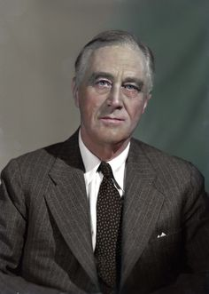 FDR portrait from Colorized by someone else already I figured I'd give my take. Greatest Presidents, American Presidents, American Civil War, American History, Roosevelt Family, Franklin Roosevelt, Hells Kitchen, Washington Dc, Native Americans