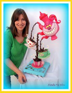 Gravity Cake with Natalia Da Silva March 26 and 2015 Camila's Cake Supply 9365 SW 40 st Miami FL 33165 Anti Gravity Cake, Gravity Defying Cake, Unique Cakes, Creative Cakes, Creative Ideas, Fondant Cakes, Cupcake Cakes, Edible Creations, Cake Supplies