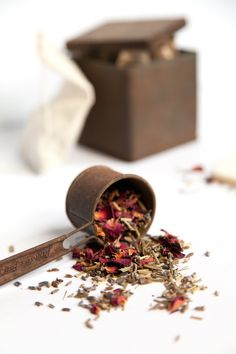3 Customized Tea Blends for Stress, Motivation + Mood Hello Glow