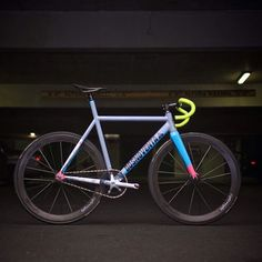 DOSNO Velo Design, Bicycle Design, Track Cycling, Cycling Tips, Paint Bike, Fixed Gear Bicycle, Push Bikes, Urban Bike, Speed Bike