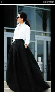 Can't get enough of these long skirts, so classic especially with the white blouse.