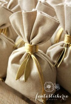 senses of Greece. Olive Wedding, Gift Wraping, Burlap Bags, Baptism Favors, Wedding Favors For Guests, My Best Friend, Wedding Decorations, Shabby Chic, Wraps
