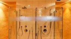 Wellness im Hotel Auwirt - Eine Sauna, ein Dampfbad, eine Infrarotkabine und ein Solarium vertreiben die Alltagsmüdigkeit und sorgen für ein rundum ausgeglichenes Lebensgefühl. Solarium, Sauna, Power Strip, Wellness, Steam Bath
