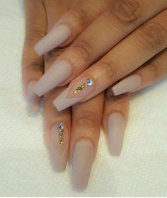 39 Birthday Nails Art Design that Make Your Queen Style - fascinating coffin acrylic nails; french ombre nails with g - Birthday Nail Art, Birthday Nail Designs, Birthday Design, 26 Birthday, Acrylic Nail Designs, Nail Art Designs, Acrylic Nails, Nails Design, Gold Nails