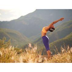 By cultivating flexibility and creativity in consciousness, you renew yourself in every moment Deepak Chopra #yoga #dancer #lululemon #salud #bienestar #mexico #lornajane