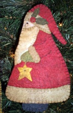 "INSTANT DOWNLOAD  ""Belsnickle with Tree"" Penny Rug ORNAMENT"