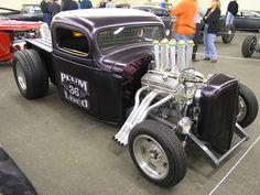 Great looking rat rod truck.