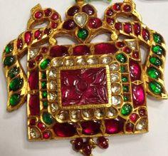 Jaipur Jewellery Jadau kundan Meena Diamond Polki Jewelry In India India Jewelry, Temple Jewellery, Gems Jewelry, Jewelry Crafts, Traditional Indian Jewellery, Jewellery Sketches, Pendant Design, Emerald Jewelry, Metal