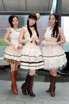 Kalafina: Harmony From Heaven - POPCulture Online Yuki Kajiura, Lost In The Woods, Popular Series, Pandora Hearts, Visual Kei, Gothic Lolita, Pretty Pictures, Pop Culture, Flower Girl Dresses