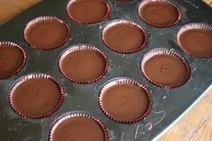 small measures: chocolate peanut-butter cups | Design*Sponge cup peanut butter ◾1/2 cup powdered sugar, sifted ◾1/4 cup graham crackers, crushed ◾1 teaspoon sea salt
