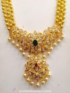 Image from http://southindiajewels.com/wp/wp-content/uploads/2015/05/Three-layer-ball-long-haram-from-premraj-1.jpg.