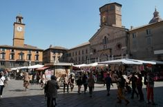 Reggio Emilia, in Central Italy's region Emilia Romagna, is a lovely small town rich in history, culture and excellent food...