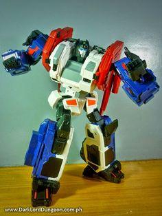 God Bomber is a wonderful stand alone figure #Transformers #Xovergen #GodBomber #TF02 #GodArmor