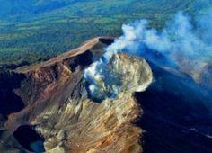 The magnificent Turrialba... Turrialba Volcano in Costa Rica: 14 Eruptions in 2 Weeks (3/30/15)