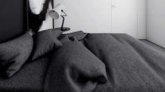 Черная и белая магия 4-х монохромных, минималистских пространств