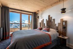 Contemporary mountain style apartment in Les Arcs designed by AMDECO
