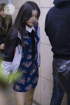 Redvelvet Kpop, Red Velvet Dress, Seulgi, Beautiful Soul, Irene, Kpop Girls, Bae, High Neck Dress, Punk