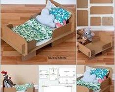 dolls bed diy cardboard - Google Search Cardboard Box Diy, Diy Cardboard Furniture, Barbie Furniture, Dollhouse Furniture, Baby Doll Bed, Doll Beds, Carton Diy, Box Bed, Disney Diy