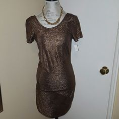 FREE PEOPLE  gold party dress Free people gold party dress. 100% polyester. Perfect for the holidays!:) Free People Dresses Midi