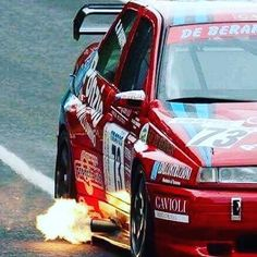 Fuoco e fiamme!! #jollyrogerteam #jollyrogerteamofficial #fire#italiancar #alfaromeo Alfa Romeo 155, Alfa Romeo Cars, Le Mans, Toyota 2000gt, Racing Car Design, Classy Cars, Rally Car, Courses, Motor Car