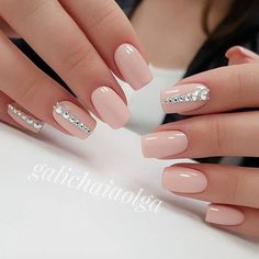 Most Gorgeous Nails Light Colors For Fall 2018 - Fall is the magical season, unlike spring and summer. Here we collect the 30 most gorgeous nails with light nail color for this fall. Dark clothing with light nails will better set off your personality. Fabulous Nails, Gorgeous Nails, Bridal Nails, Wedding Nails, Wedding Makeup, Stylish Nails, Trendy Nails, Toe Nails, Pink Nails