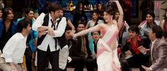 #DaruBandKalSe starring #SunnyDeol & #UrvarshiRautela - http://latestsdaily.com/daaru-band-kal-se-featuring-sunny-deol-urvarshi-rautela-song-hd-video-lyrics-singh-saab-the-great/  The song is sung by #SonuNigam while the lyrics are penned down by Kumaar. The music is composed by Anand Raj Anand.  #Bollywood