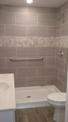Gorgeous 80 Amazing Tiny House Bathroom Shower Ideas https://homespecially.com/80-amazing-tiny-house-bathroom-shower-ideas/ #tinybathrooms