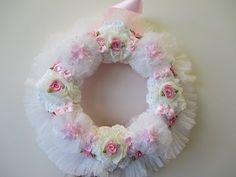 http://www.jenningscraftsboutique.com Really Stunning Elegant Shabby Chic Wreath Tutorial