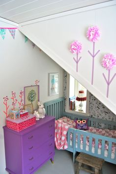 adorable use of space and cosy for a young child #vintage #kidsroom