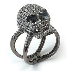Skull Ring this is freakin awesome