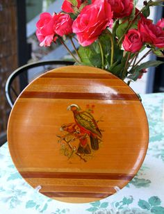 Hey, I found this really awesome Etsy listing at https://www.etsy.com/listing/224502953/gorgeous-vintage-1960s-kaka-bird-wooden