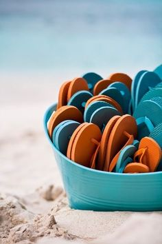 Ceremony- wedding favors in orange and blue Beach Wedding Reception, Beach Wedding Favors, Diy Wedding, Wedding Ideas, Beach Weddings, Wedding Details, Wedding Decor, Dream Wedding, Wedding Planning