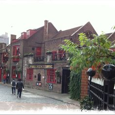 The Anchor. One of the oldest pubs in all of London and a former favorite of Mr. William Shakespeare!