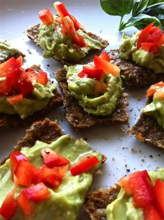 Hola ! Guacamole on RAW Seed Snackers  more recipes here http://scottmathiasraw.com/complimentary/#