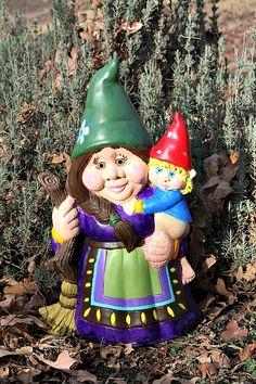 Female Gnomes Statue | Custom Female Garden Gnome Statue