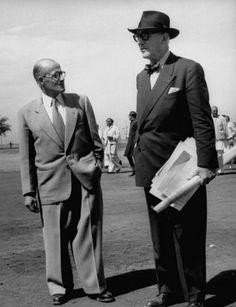 Le Corbusier (à direita) e Pierre Jeanneret (à esquerda), seu primo que colaborou consigo em diversas obras, nomeadamente para a Maison La Roche