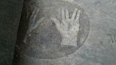 The newest Jewish cemetery discovered inJamaicais in the town of Black River. Here, one graver maker, belonging to Hyman Cohen, has a pair of hands making the symbol of the kohen (Jewish high priest).