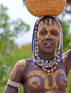Marcello Scotti - Photography: faces from Ethiopia ... Mursi tribe girl