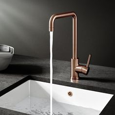 Buy the Vellamo Koro Single Lever Mono Kitchen Mixer - Brushed Copper from Tap Warehouse and ditch the standard chrome kitchen tap for something with a bit more pazzazz. Get free UK delivery when you spend over today. Small Kitchen Sink, Barn Kitchen, Kitchen Mixer Taps, Sink Mixer Taps, Kitchen Handles, Kitchen Ideas, Kitchen Inspiration, Kitchen Faucets, Kitchen Dinning