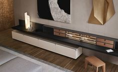 Finishing The range of the finishings includes one wood black elm, 27 mat lacquered colours and 19 glossy lacquered colours. Reflecting transparent glass or fumé glass. Top in 5 mat and glossy…