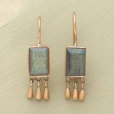 GOLD AND LABRADORITE EARRINGS -- Conical droplets of rose gold dangle from opalescent rectangles of faceted labradorite that change colors with every shift in the light. Handcrafted by Jane Diaz. Jewelry Art, Jewelry Accessories, Jewelry Design, Jewelry Shop, Fine Jewelry, Fashion Jewelry, Earrings Handmade, Handmade Jewelry, Unique Jewelry