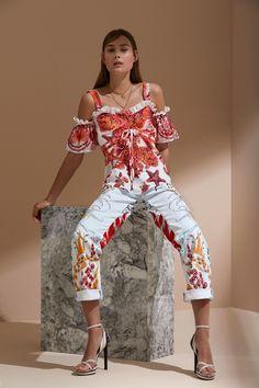http://www.vogue.com/fashion-shows/resort-2018/roberto-cavalli/slideshow/collection