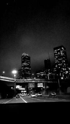 street aesthetic night new york Aesthetic Movies, Night Aesthetic, City Aesthetic, Aesthetic Images, Aesthetic Videos, Summer Aesthetic, Aesthetic Wallpapers, Aesthetic Bedroom, Aesthetic Grunge