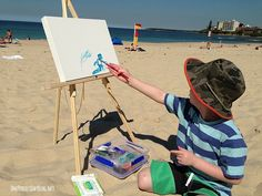 What a great idea for summer: Take your kid to the beach and let them paint!