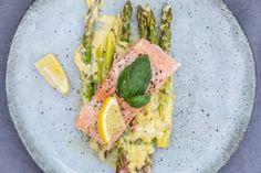 oppskrift-onsdag: laks med gratinert asparges