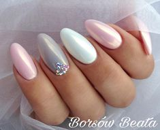 Яйца на пальчиках pyłek gold pearl od Go Shine w pełnej odsłonie Kolory to: 27 Baby Pink i 20 Warm Grey również Go Shine Nude Nails, White Nails, Pink Nails, Acrylic Nails, Hair And Nails, My Nails, Nagel Stamping, Pearl Nails, Nails 2018