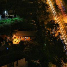 Instagram【jihusu】さんの写真をピンしています。 《每個夜裡總會有人開著燈等待你的家! _ _ _ _ _ _ _ #宜蘭 #goneoutdoors #AmazingTaiwan #magnumphotos #natgeoyourshot #work #goodtimes #iseetaiwan #natgeotravel #tainan #taiwan #travel #ig_color #夜景 #RECO_ig #VSCO #写真 #hello #台灣 #WellTravelled  #letsgo #love  #natgeo #WellTravelled #winter #mystory #日常 #羅東》