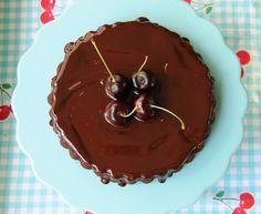 milk free, egg free chocolate cake. Recipe on blog. www.tekila.fi #eggfree #milkfree #chocolatecake