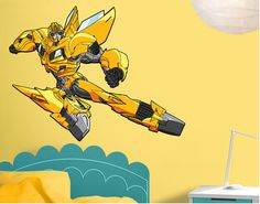 Transformers - Bumblebee is flying