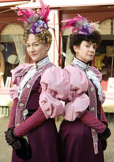 O these two. Pearl and Ruby Pratt's dresses sometimes steal the show (Dorcas's style still my fave but can't help but admire ALL these costumes.) Larkrise to Candleford,